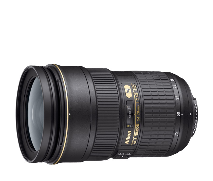 Nikkor 24-70/2.8 G ED wide-angle to medium telephoto zoom lens